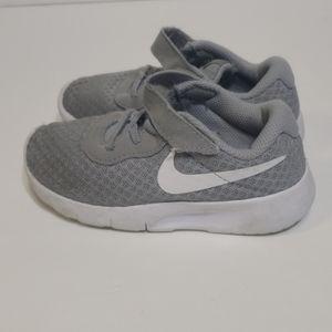 Nike gray slip on sneaker sz 9c